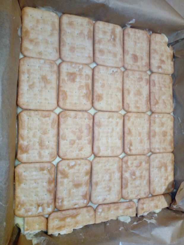 Szybka napoleonka na krakersach