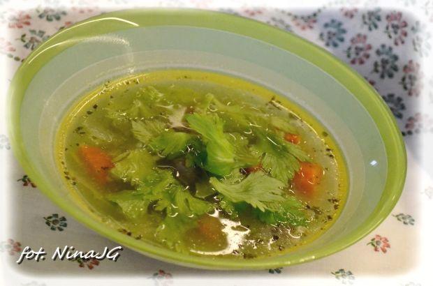 Szybka zupa selerowa