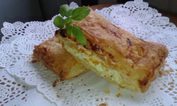 Szybkie ciastka z ciasta francuskiego