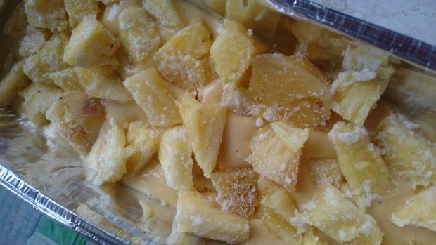Szybkie ciasto z ananasem bez tłuszczu