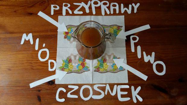 Szynka gotowana w piwie i miodzie