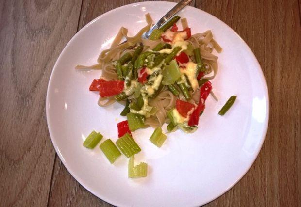 Tagliatelle z warzywami