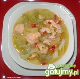Tajska wariacja na temat zupy rybnej: