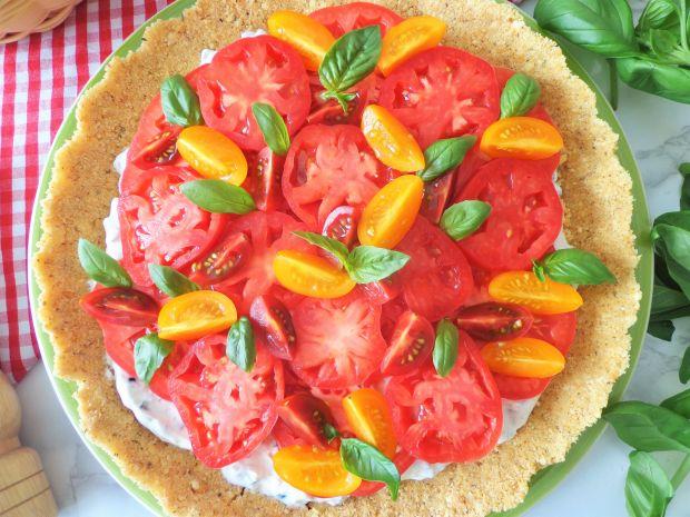 Tarta na krakersach z pomidorami, bez pieczenia