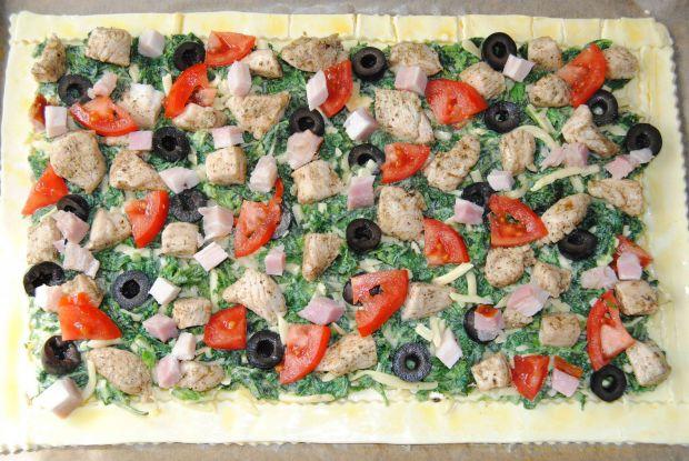Tarta pokrzywowa na cieście francuskim