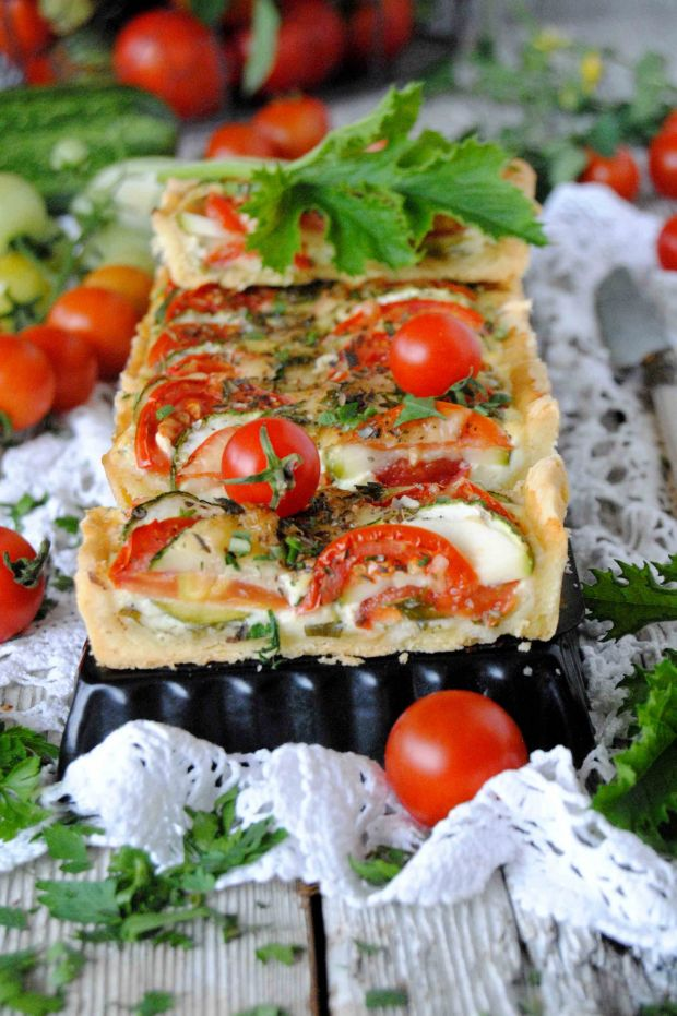 Tarta pomidorowo- cukiniowa