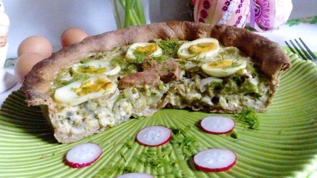 Tarta wiosenna z brokułem, kapustą i jajkami