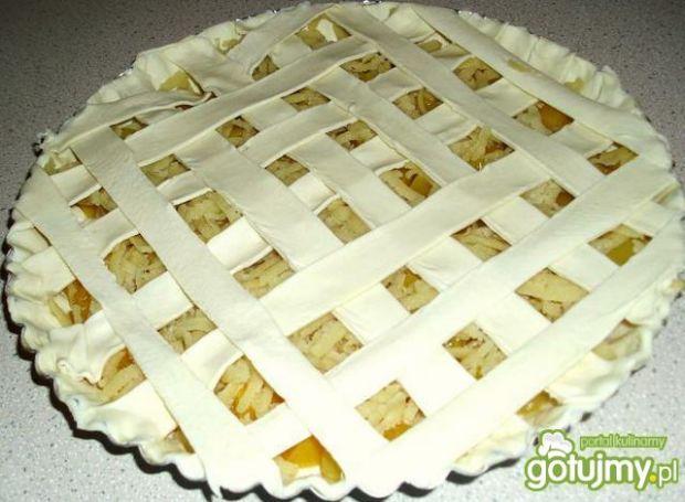 Tarta z brzoskwiniami i marcepanem