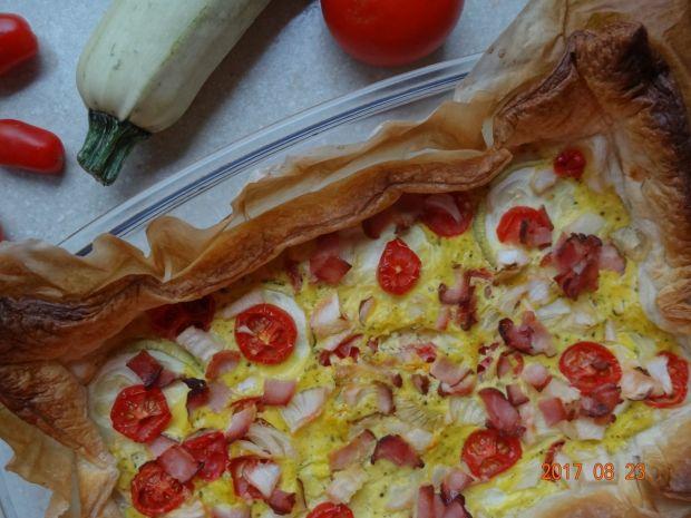 Tarta z cukinią i pomidorami