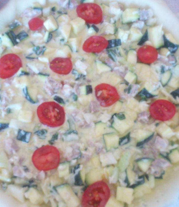 Tarta z cukinią i pomidorkami wg Di