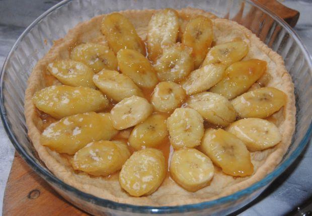 Tarta  z karmelizowanymi bananami