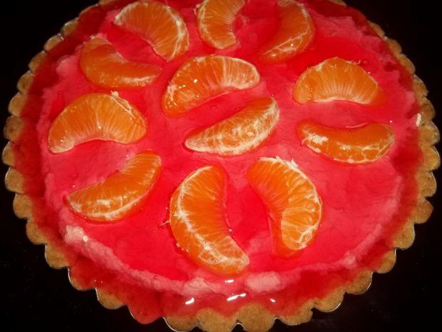 Tarta z kremem i mandarynkami