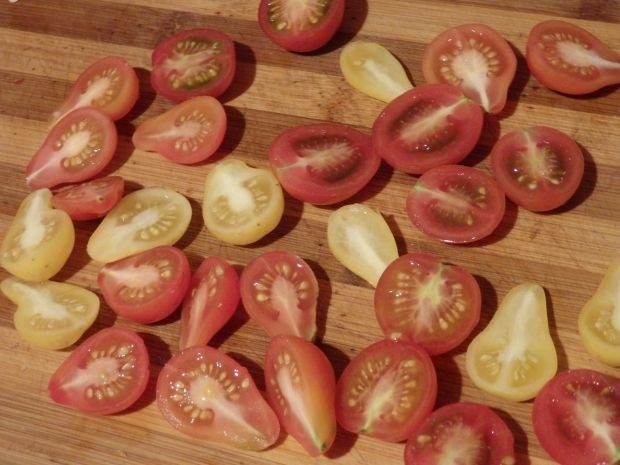 Tarta z pomidorkami i fetą