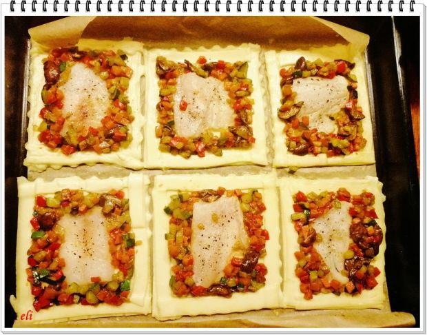 Tartaletki Eli z rybą, grzybami i warzywami