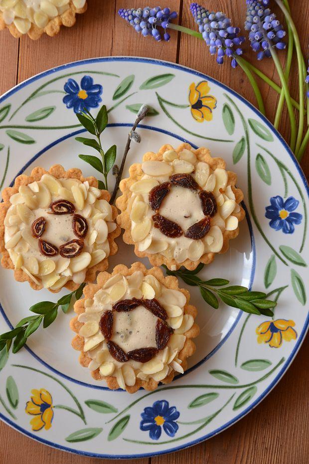 Tartaletki - mini mazurki z kremem herbacianym