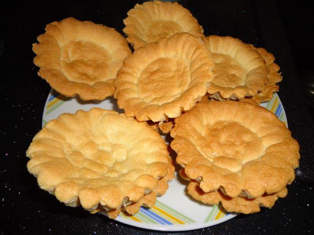Tartaletki z borówkami i malinowym kremem