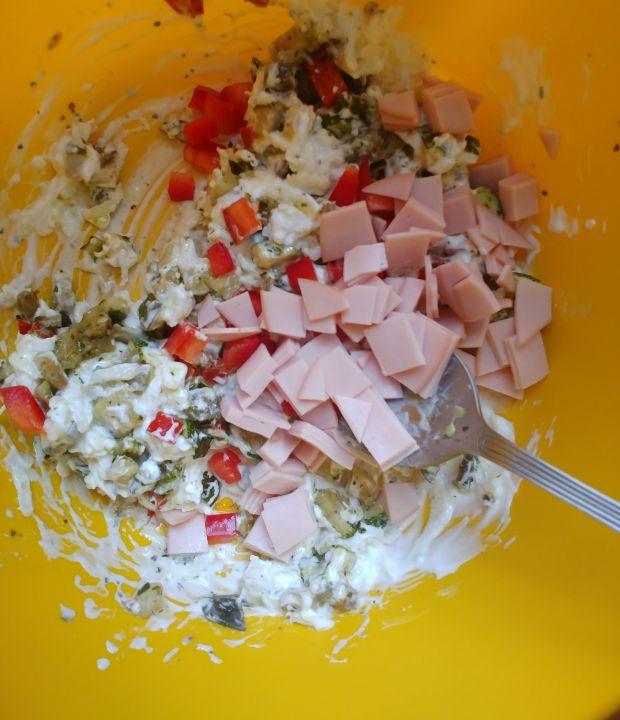 Tartaletki z wędliną, papryką, cukinią, bakłażanem