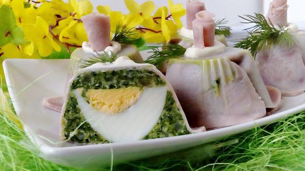 Terrinki szpinakowo-chrzanowe z jajkiem w szynce