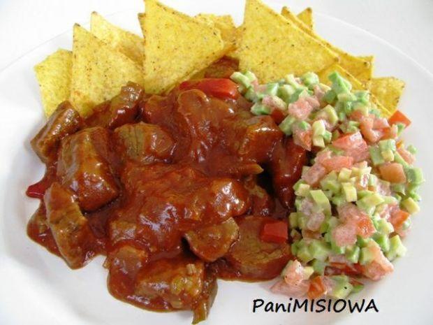Tex Mex - chili z nachos i guacamole