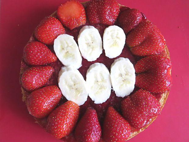Torcik kawowo-truskawkowy