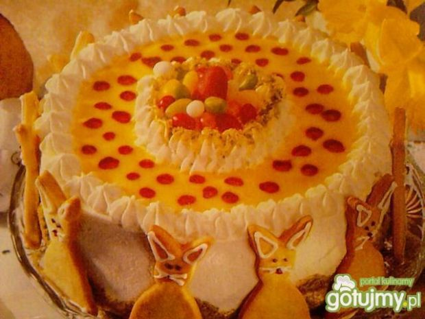 Tort ajerkoniakowy z pistacjami