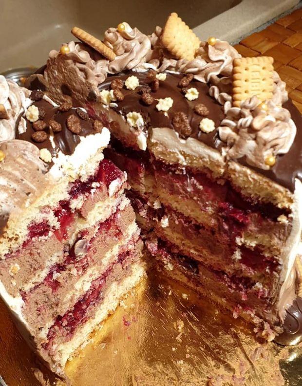 Tort czekoladowo - wiśniowy