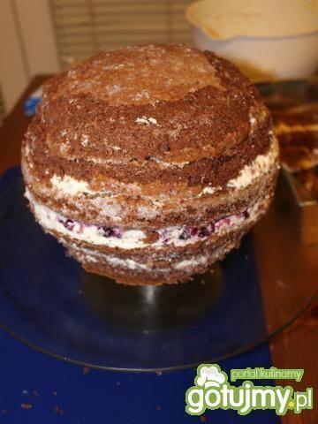 Tort czekoladowy - piłka w koszu