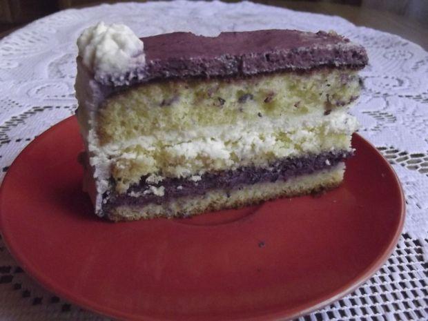 Tort jagodowo czekoladowy