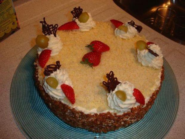 Tort kokosowo- owocowy