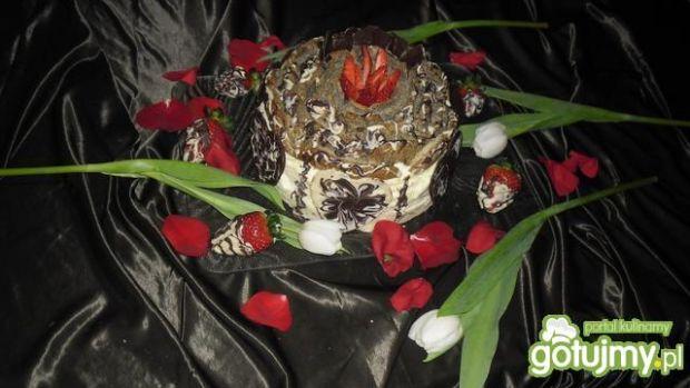 Tort makowy z dwoma masami
