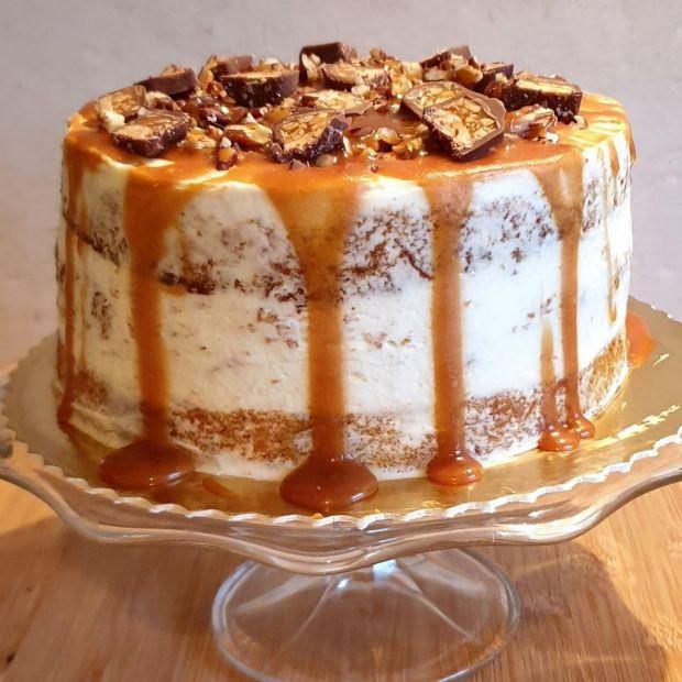 Tort marchewkowy z domowym karmelem