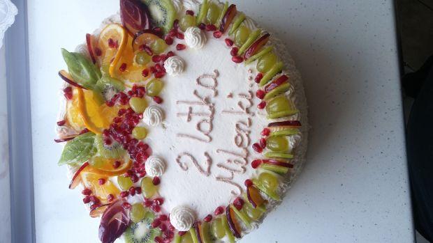 Tort mascarpone z owocami