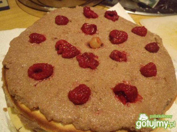 Tort naleśnikowy z manną dzemem i owocam