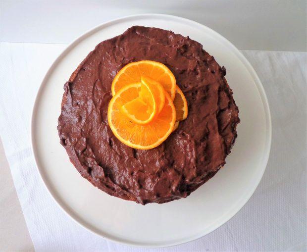 Tort pomarańczowy z kremem czekoladowym