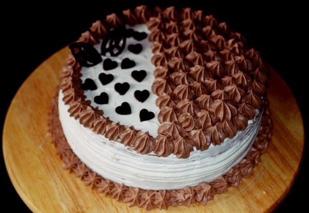 Tort śmietanowo czeloladowy