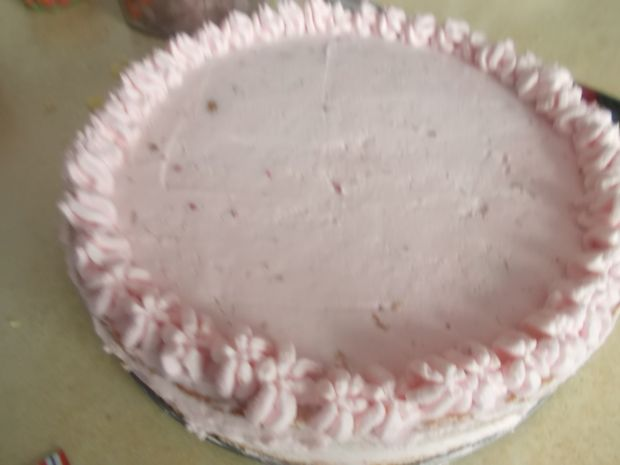 Tort truskawkowy na Dzień Matki