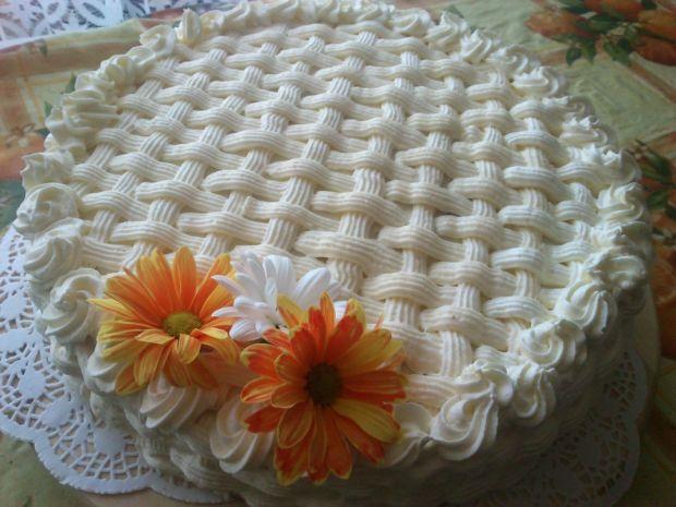 Tort urodzinowy Mariel