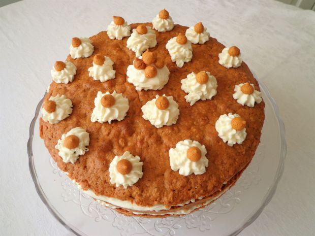 Tort z ciasteczkami amaretti i rumem