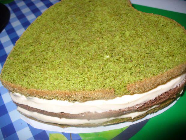 Tort  z kokosem i truskawkami - walentynkowy