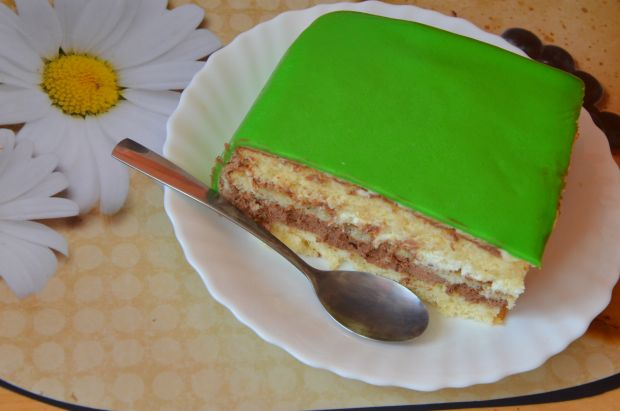 Tort z masą czekoladową z lukrem plastycznym