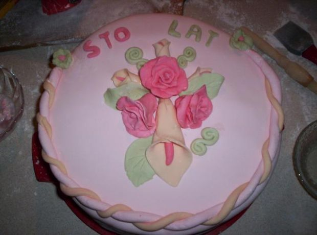 Tort z masą marshmallows