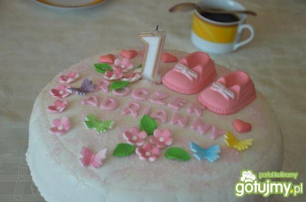 Tort z powidłami i bitą śmietaną