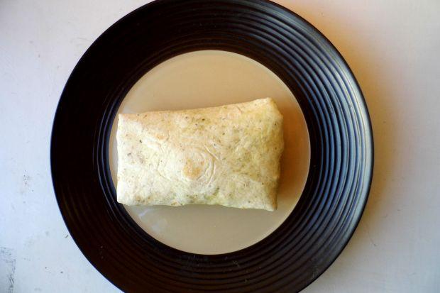 Tortilla z chrupiącym kurczakiem