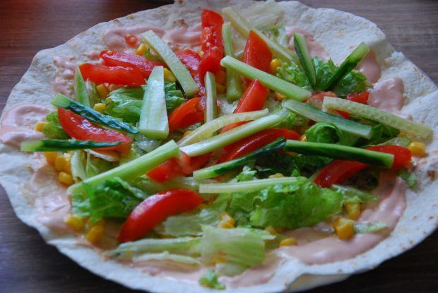 Tortille z sezamowym kurczakiem