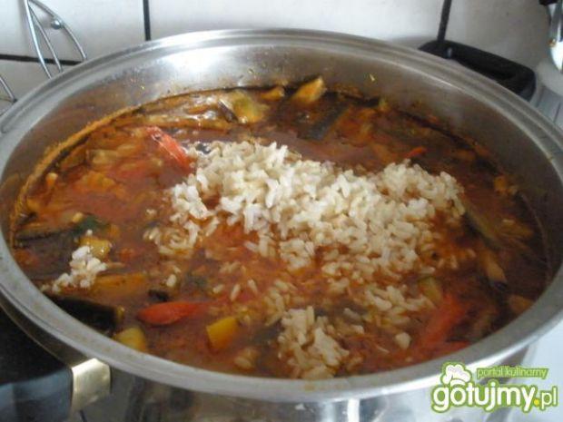 Toskańska zupa pomidorowa z ryżem