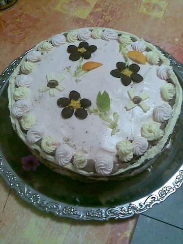 trojsmakowy tort