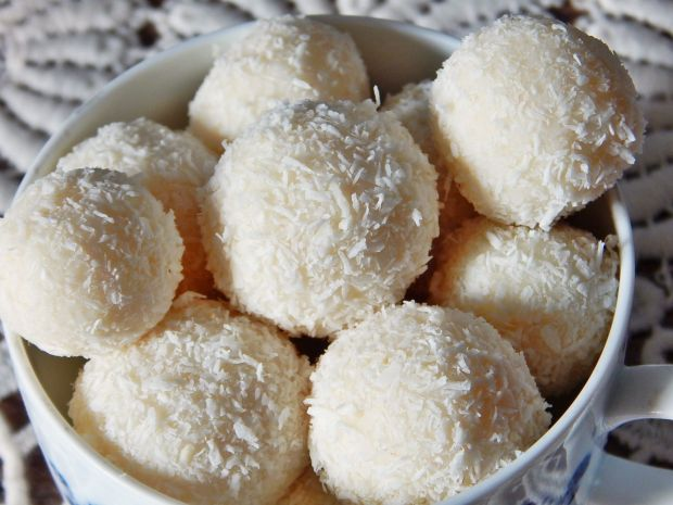 Trufelki kokosowe z likierem