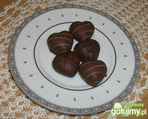 Trufle czekoladowe z orzechami