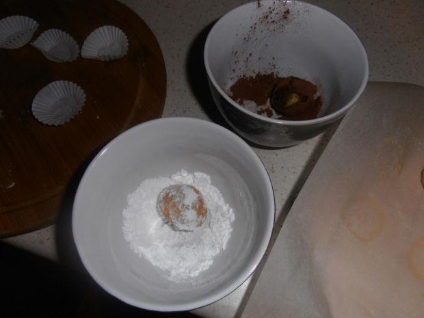 Trufle z białej czekolady z adwokatem