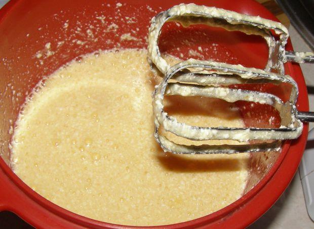 Truskawkowe ucierane ciasto
